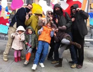 2011 Viva la Kale BArroca o cómo intervenir el espacio urbano en familia